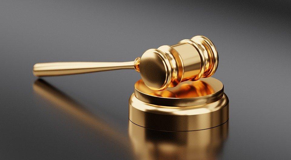 Lo studio legale acp si occupa del caso di un investimento di un pedone che non rispetta le regole di sicurezza stradale e che richiede risarcimento