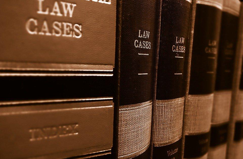 Macchia d'olio sull'asfalto: lo studio legale acp spiega la sentenza della Cassazione, marzo 2019