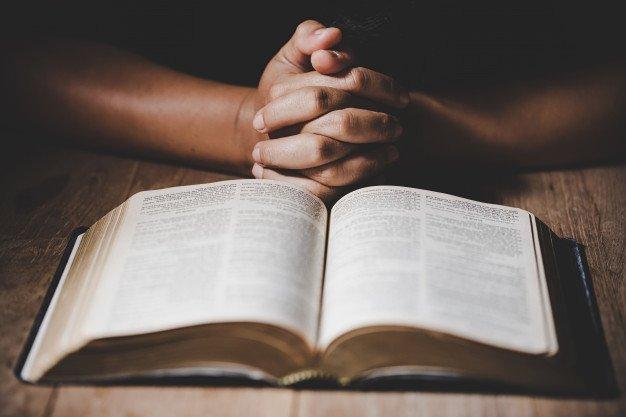 Educazione religiosa: i figli minori di genitori separati hanno diritto a praticare la religione del padre o della madre? Risponde lo studio legale acp