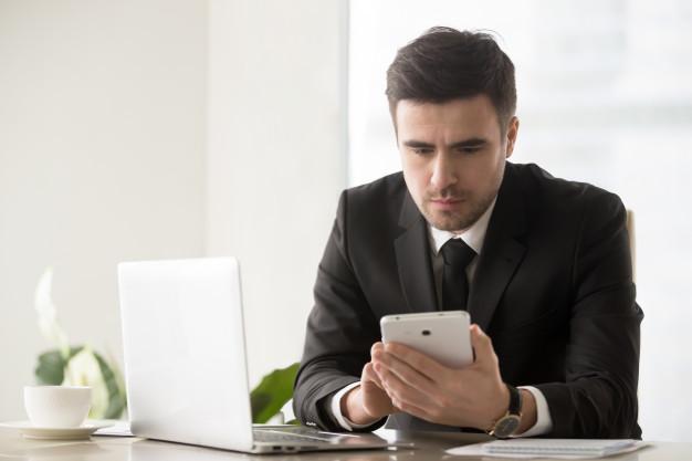 Sfottò da stadio sui social network: diffamazione online? Studio legale acp